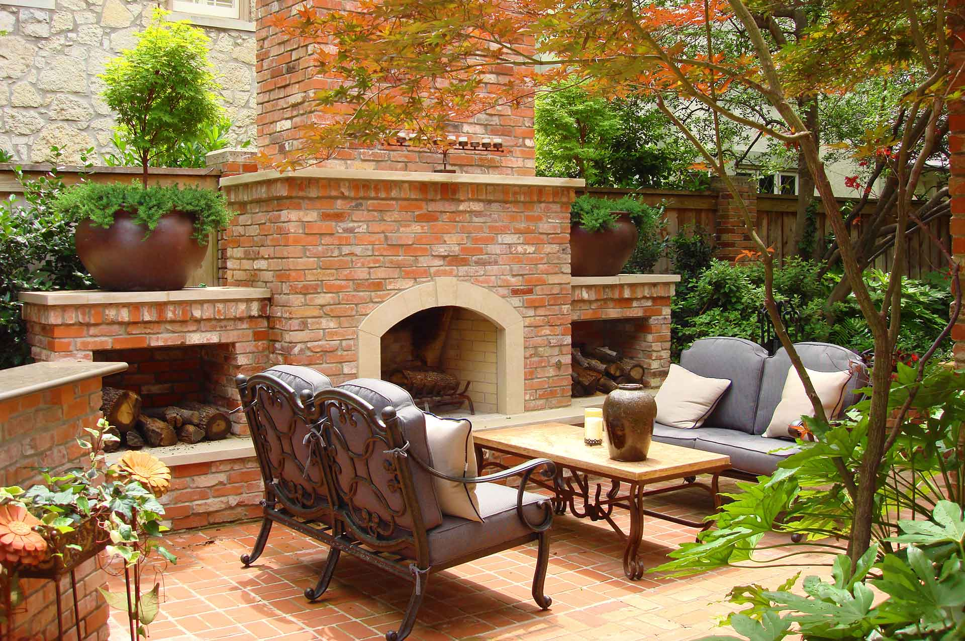 Southern Land Design Landscaped Outdoor Fireplace Slide 1920 x 1275