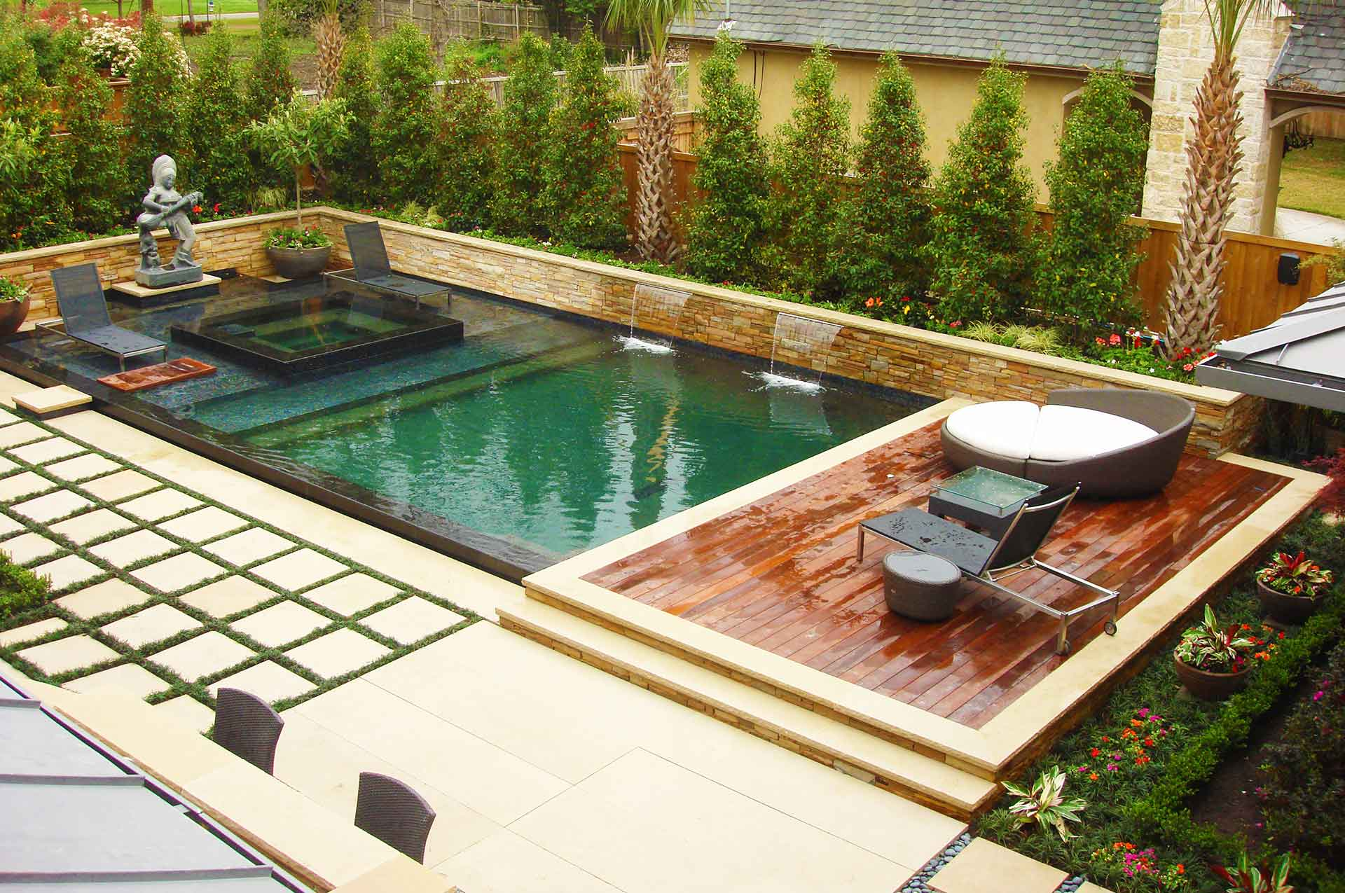Southern Land Design Landscaped Swimming Pool Slide 1920 x 1275
